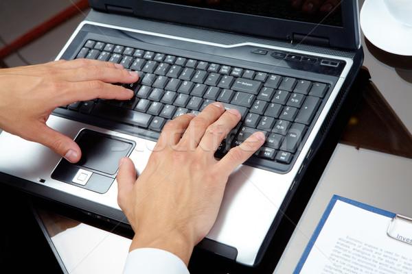 Stock fotó: Gépel · férfi · kezek · laptop · üzlet · munka