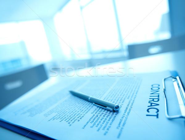 бизнеса договор изображение пер таблице знак Сток-фото © pressmaster