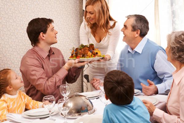 Foto d'archivio: Famiglia · cena · ritratto · grande · seduta
