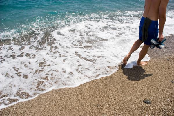 Сток-фото: морем · берега · изображение · человека · ходьбе · волна