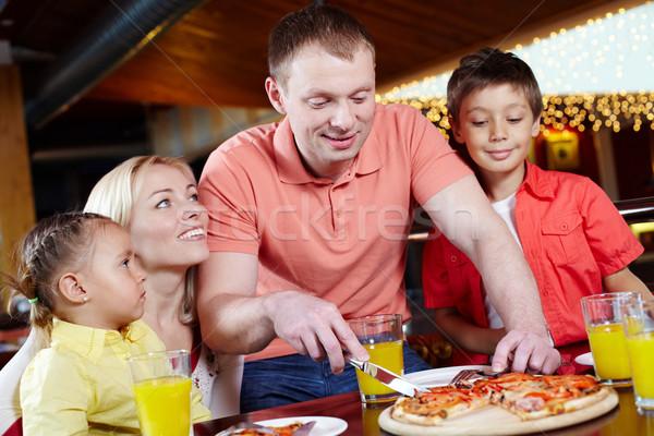 Pizzería retrato cute ninos padres familia Foto stock © pressmaster