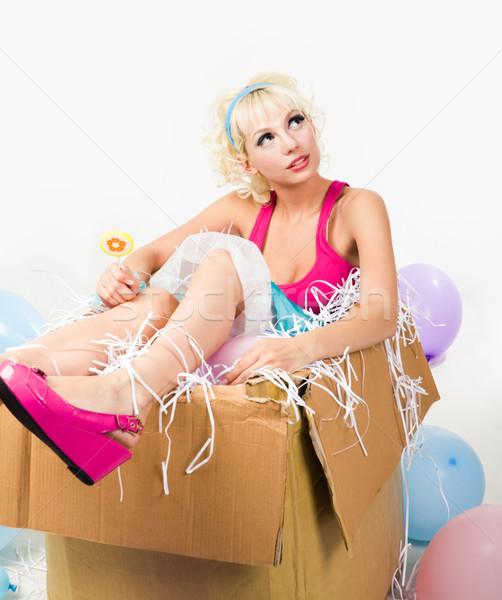 Puppe Feld Bild ziemlich junge Mädchen Sitzung Stock foto © pressmaster