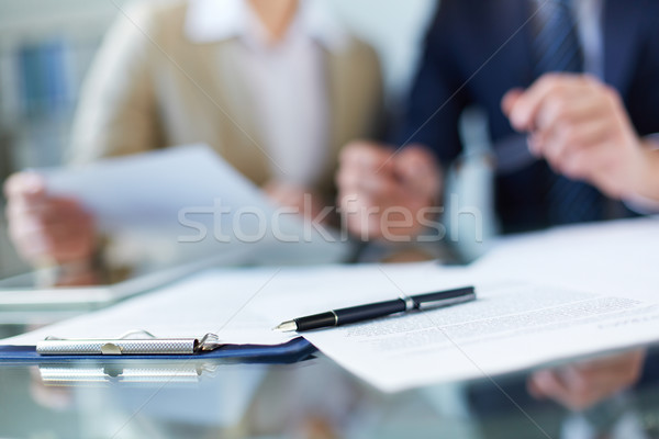 Business documenten pen werkplek papier potlood Stockfoto © pressmaster