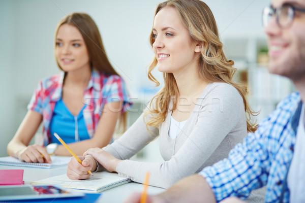 Concentratie smart meisje luisteren leraar seminar Stockfoto © pressmaster
