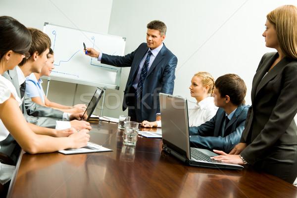 Seminarium obraz smart ludzi biznesu patrząc liderem Zdjęcia stock © pressmaster