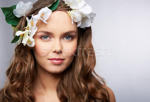 Printemps coiffure portrait jolie jeune fille fille Photo stock © pressmaster