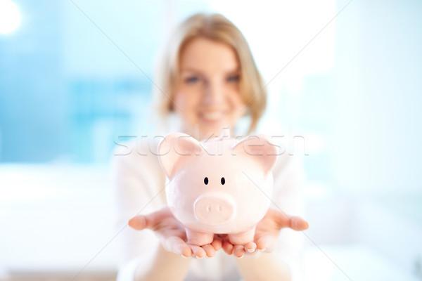 Stockfoto: Spaarvarken · afbeelding · roze · vrouw · hand · vak