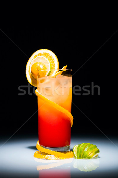 Tequila sunrise cocktail tranche orange chaux Photo stock © pressmaster