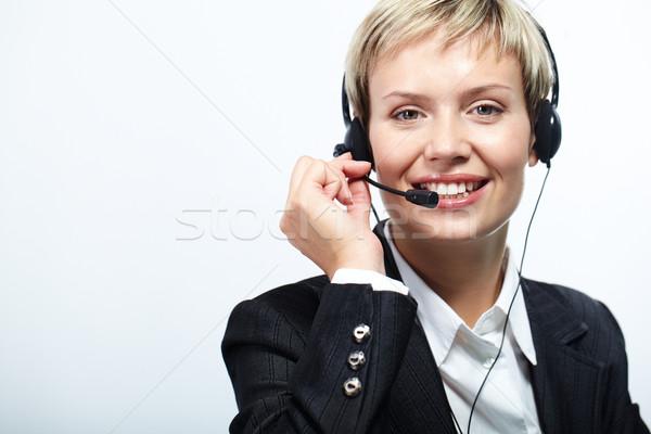 Línea directa retrato amistoso servicio al cliente representante aislado Foto stock © pressmaster