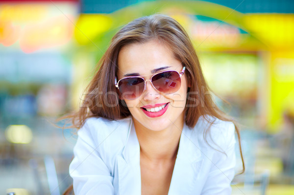 Cool fille portrait urbaine dame Photo stock © pressmaster