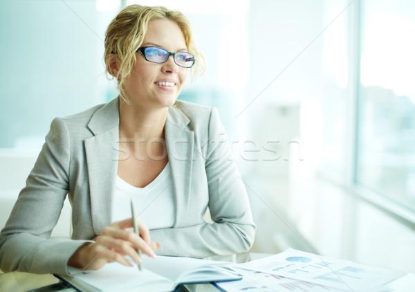 Fehérgalléros munkás portré okos üzletasszony szemüveg Stock fotó © pressmaster
