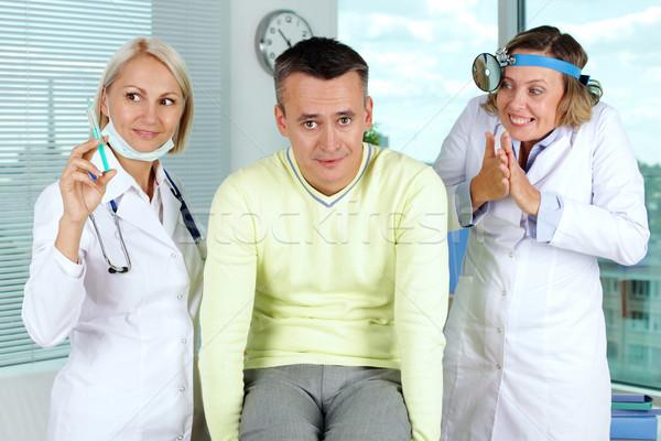 Stock fotó: Szerencsétlen · beteg · portré · kettő · női · orvosok