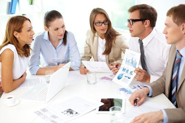 Bild Partner Teilung neue Ideen Sitzung Stock foto © pressmaster