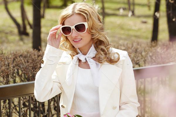 Сток-фото: девушки · Солнцезащитные · очки · портрет · красивая · девушка · за · пределами · весны