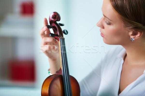 Kız keman portre genç kadın ayar Stok fotoğraf © pressmaster