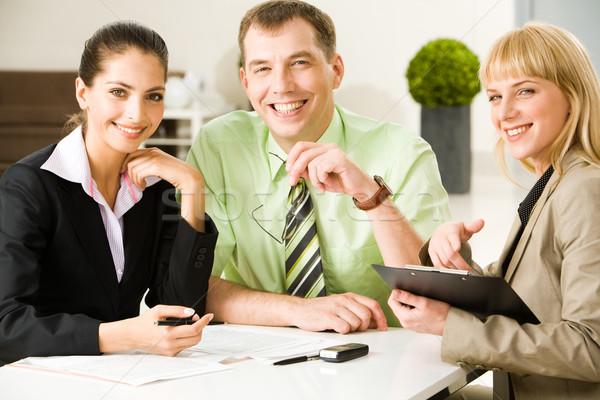 Zdjęcia stock: Pracy · Fotografia · przyjazny · ludzi · biznesu · posiedzenia · tabeli