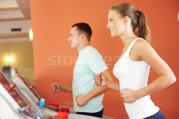 Szkolenia siłowni portret dość dziewczyna specjalny Zdjęcia stock © pressmaster