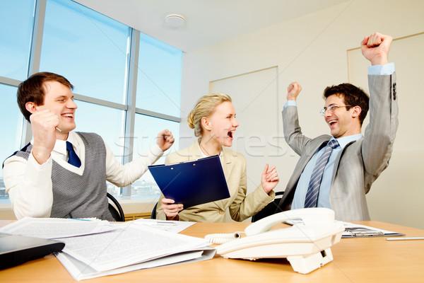 Stockfoto: Geslaagd · mensen · afbeelding · omhoog · handen · business