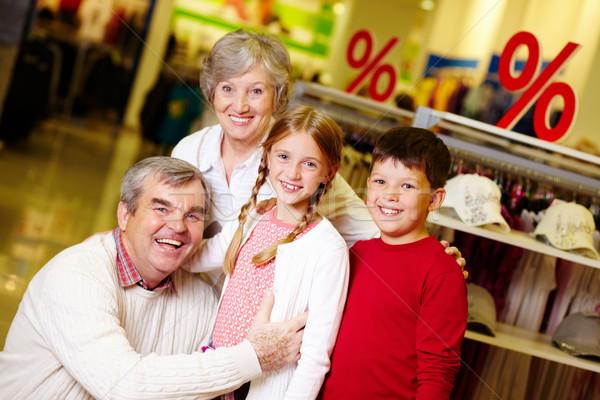 Сток-фото: дедушка · и · бабушка · внучата · портрет · счастливым · одежду · отдел
