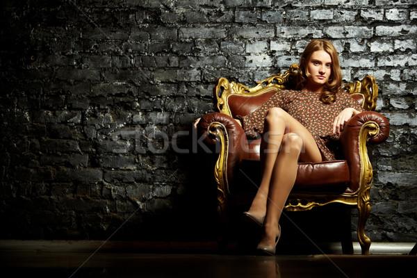 女性 アームチェア 画像 エレガントな 少女 座って ストックフォト © pressmaster