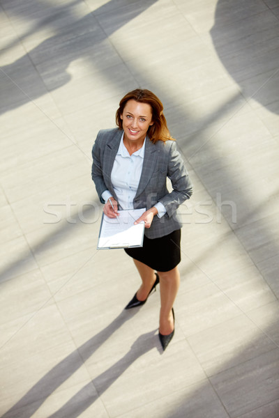 Udany pracodawca portret szczęśliwy kobieta interesu garnitur Zdjęcia stock © pressmaster