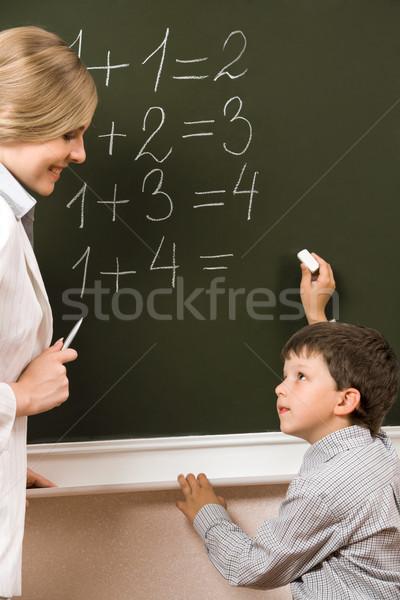 Tanácsadás portré szorgalmas néz tanár iskolatábla Stock fotó © pressmaster