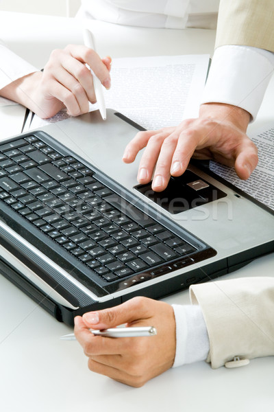 Photo stock: Entreprise · travaux · photo · humaine · mains · portable