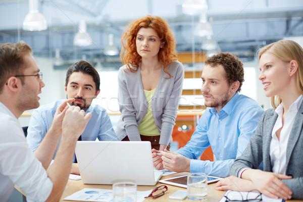 внимательный прослушивании бизнес-команды лидера акцент проблема Сток-фото © pressmaster