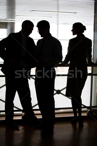 Gente de negocios tres pie balcón negocios Foto stock © pressmaster