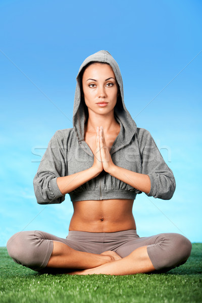 Canlılık portre kadın meditasyon poz lotus Stok fotoğraf © pressmaster