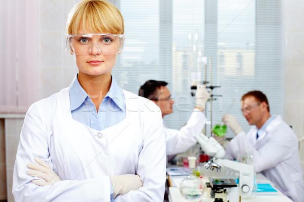 Foto stock: Cientista · medicina · trabalhando · laboratório · branco · química