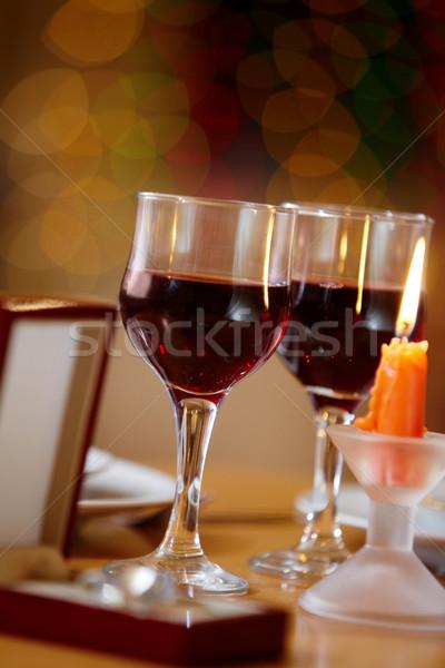 Evento imagem copos de vinho vela caixa amor Foto stock © pressmaster