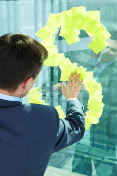 Man venster achteraanzicht zakenman schrijfpapier business Stockfoto © pressmaster