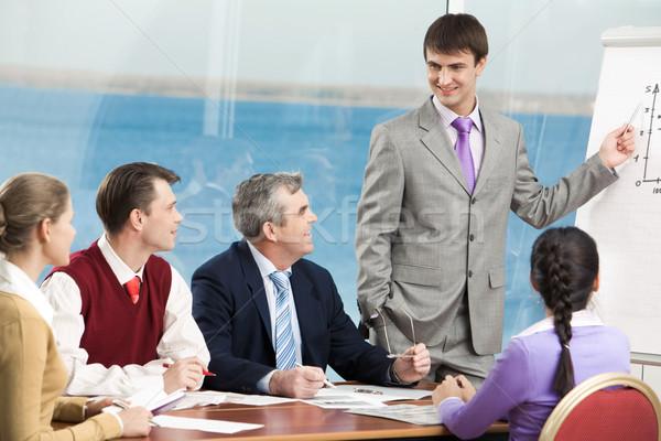Eğitim grup iş adamları dinleme başarılı müdür Stok fotoğraf © pressmaster