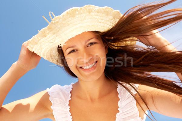 Ventoso verão retrato sorridente menina dia Foto stock © pressmaster
