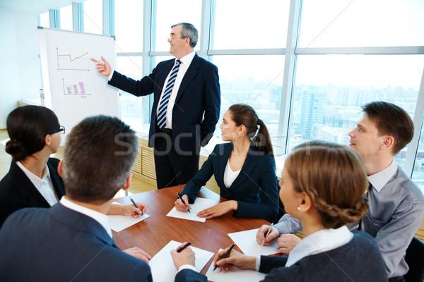 Seminario inteligentes jefe senalando Foto stock © pressmaster