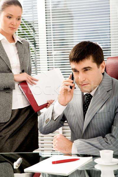 Stock fotó: Telefon · tárgyalás · portré · főnök · beszél · telefon