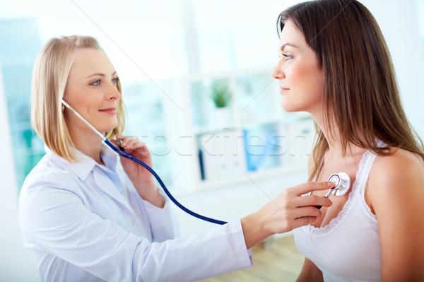 Batimento cardíaco retrato paciente mulher médico Foto stock © pressmaster