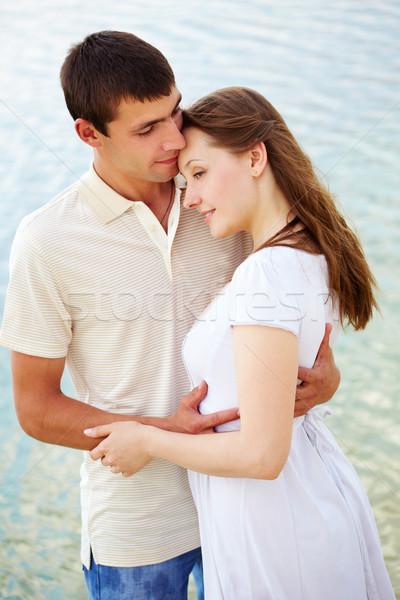 Gyengédség fotó békés pár élvezi együtt Stock fotó © pressmaster
