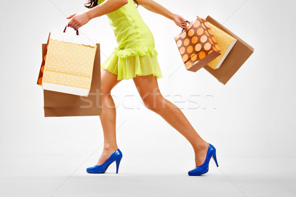 Shopping jambes dame coloré déplacer Photo stock © pressmaster