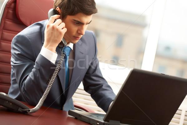 Occupato capo foto Smart imprenditore chiamando Foto d'archivio © pressmaster