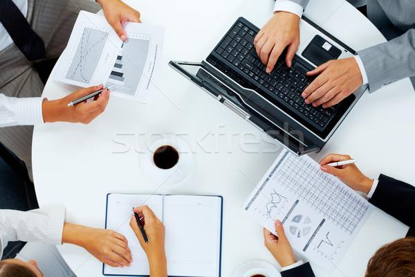 брифинг мнение несколько деловые люди рабочих Сток-фото © pressmaster