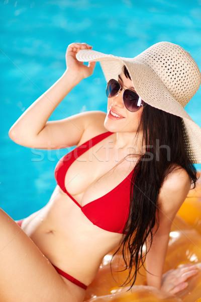 Kellemes idő portré nő bikini kalap Stock fotó © pressmaster