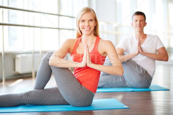 Yoga ejercicio retrato tipo hombre Foto stock © pressmaster