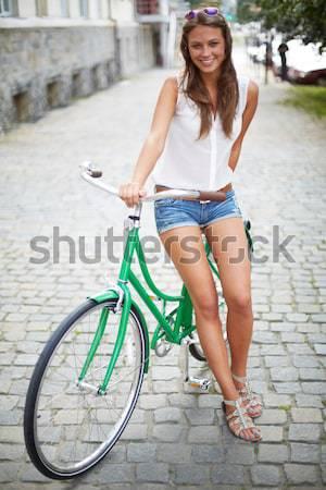 Tarihleri bisikletler portre mutlu bakıyor Stok fotoğraf © pressmaster