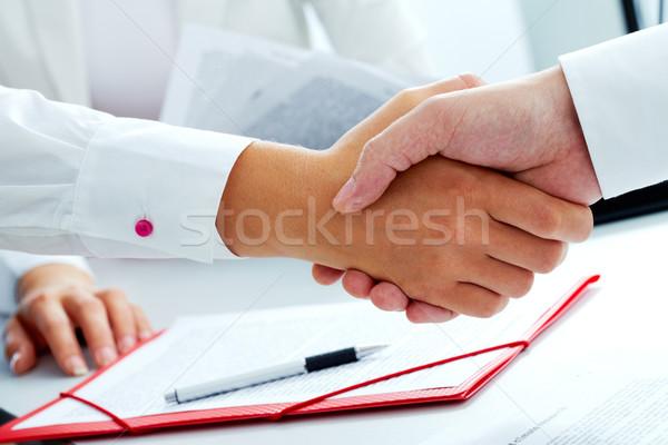 соглашение мужчины женщины рук бизнеса Сток-фото © pressmaster