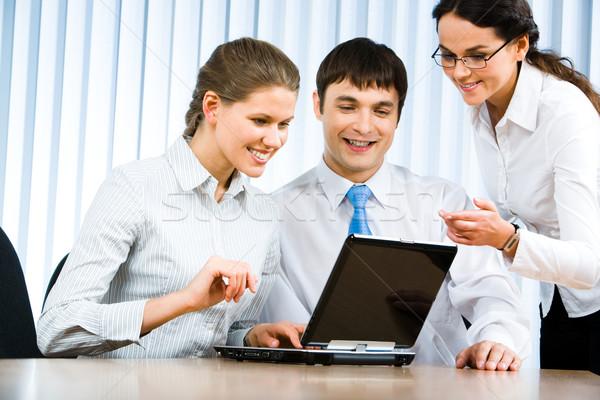 ストックフォト: ビジネス · 通信 · 写真 · ビジネスチーム · 座って · オフィス