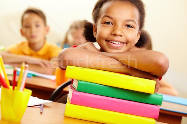Juvenil lector retrato nina libros Foto stock © pressmaster