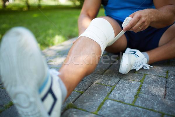 Been mannelijke geneeskunde park persoon Stockfoto © pressmaster