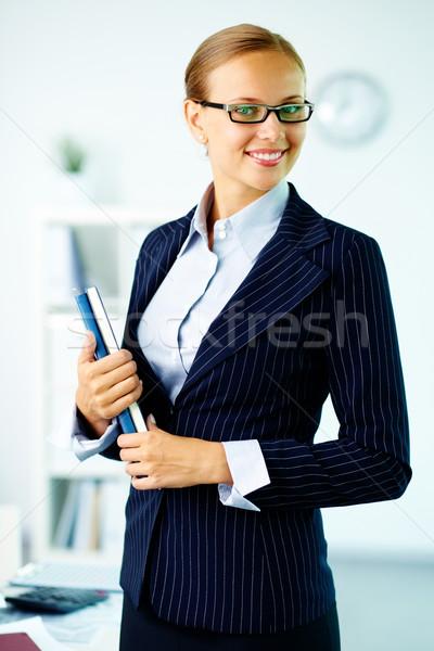 会計士 肖像 エレガントな 女性実業家 見える カメラ ストックフォト © pressmaster